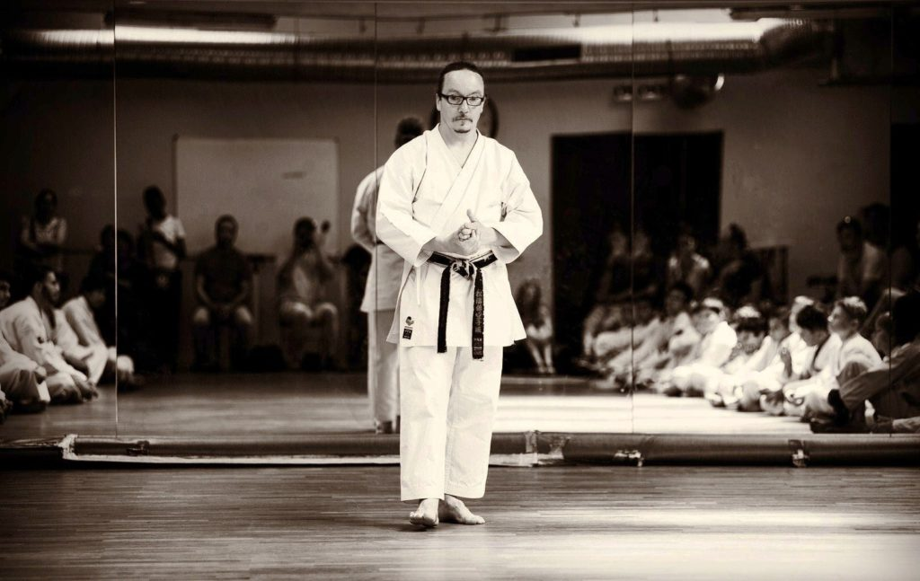 Contact de Sébastien Arlot, champion de france, professeur de karaté à l'AS KARATE DO